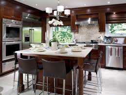 Eat In Kitchen Island Luxurious Contemporary Kitchen Design With Varnished Wooden
