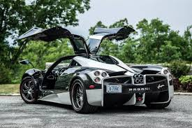 future pagani video pagani huayra u0027the king u0027 gets stuck on a beach gtspirit