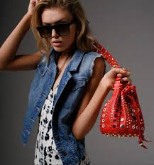 trend how to the bucket bag u2022 breakfast with audrey