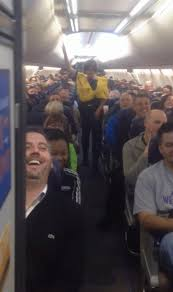 Southwest Flights Com by Watch Southwest Airlines Flight Attendant Gives Hilarious Safety
