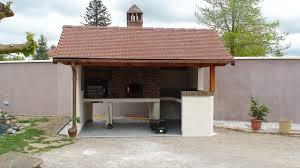 construction cuisine d t ext rieure intégration d une porte de four à pizza et à coeur de foyer sur