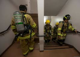 Firefighters Stair Climb by File Firefighters With Commander Navy Region Japan Climb The