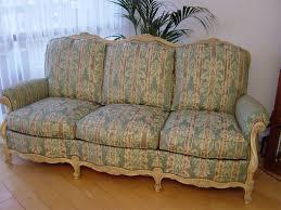 refection canapé réfection de siège chaise fauteuil canapé par nos tapissiers