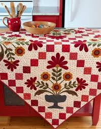 beautiful table cloth design 277 best table top quilts runners images on pinterest