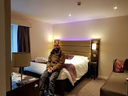 york chambre chambre lit pour 2 pers avec salle de bain picture of