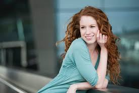 long curly hair style for lawyer hairstyles successful women wear