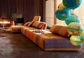 sofa bunt roche bobois sofa bunt gepolstert nouveaux classiques voyage
