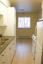 1 Bedroom Apartments In Windsor Ontario Karita Tower Apartment For Rent In Windsor