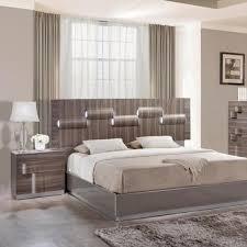 Zebra Bedroom Set Global Furniture Adel 2 Piece Platform Bedroom Set In High Gloss
