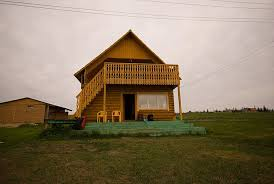 guest house elanka village lena river bank photo