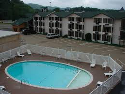 green valley motel pigeon forge tn booking