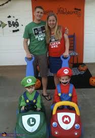Fantastic 4 Halloween Costumes 10 Family Halloween Ideas Family Halloween