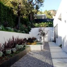 Fence Line Landscaping by 432 Best Home Outdoor U0026 Landscaping Images On Pinterest