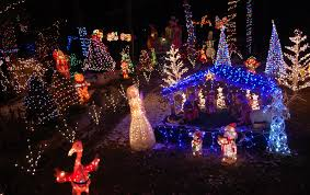 where to see the greatest christmas lights around boston artery