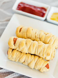 halloween recipe mummy dogs hgtv