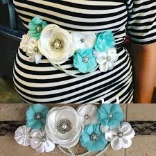 baby for baby shower how to make the cutest baby shower corsage pink blue any color