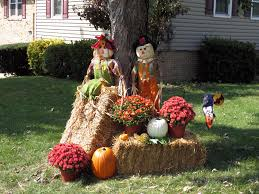 Fall Harvest Outdoor Decorating Ideas - decorating with hay bales for fall google search decorating