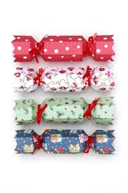 christmas crackers printable diy christmas crackers gathering beauty