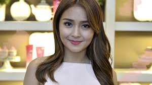 katrine bernardor hair color kathryn bernardo shares her best hair care and travel tips candy