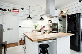 cuisines scandinaves cuisines cuisine deco scandinave noir blanc idée décoration