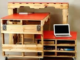 fabriquer un bureau avec des palettes meuble palette europe idee pour fabriquer un bureau soi meme