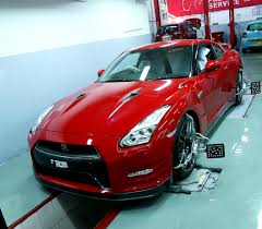 nissan gtr used india nissan opens its first high performance centre in india