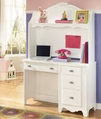 White Bedroom Desk Furniture by Amazon Com 2pc White Youth Bedroom Desk And Hutch Set Toys U0026 Games