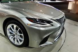 lexus ls redesign 2017 2018 lexus ls 500h makes u s debut at the 2017 nyc auto show