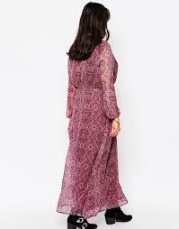diya plus long sleeve maxi dress in paisley print in pink lyst