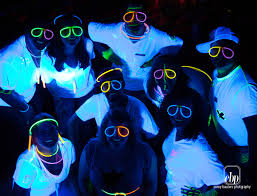 blacklight halloween party ideas highlighter party white t u0027s highlighters black light u0026 glow