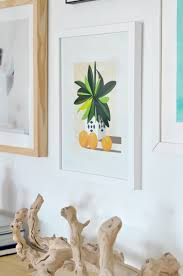 tips for creating modern balanced gallery wall remodelaholic tip use different frame colors