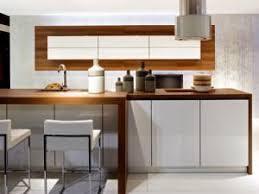 cuisine blanc et noyer cuisine noyer et blanc gallery of indogatecom deco cuisine noir