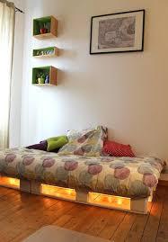 canapé lit palette canape lit palette comment faire un cadre de avec des palettes