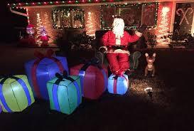 holiday homes christmas lights displays