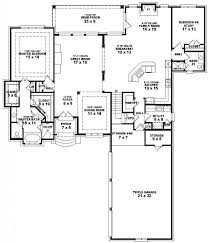 One Floor House by Bedroom Decor 5 Bedroom One Story Floor Plans One Story House