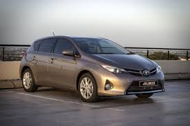 auris the all new toyota auris u2013 prepare to be noticed insurance chat