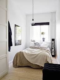 Small Room Interior Design 25 Best Small White Bedrooms Ideas On Pinterest Small Bedroom