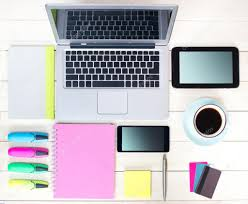 gadgets du bureau gadgets sur fond en bois vue supérieure du milieu de travail