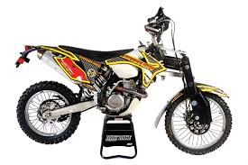 wheels motocross bikes all wheel drive dirt bikes dirt bike magazine