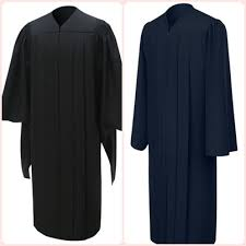 master s cap and gown graduation shop the difference between masters vs bachelors