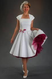 brautkleid wei rot brautkleid elfenbein weiss rot knielang mit petticoat 298 00