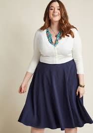 midi skirt just this sway midi skirt in navy modcloth