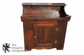 Changing Table With Sink The Designers Consignment Dayton S Premier Consignment Gallery
