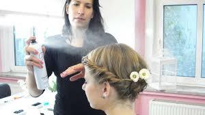 Frisuren Selber Machen Dirndl by Wiesn Frisur Für Kurze Haare Frisuren