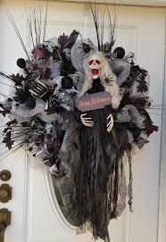 Fall Halloween Wreaths by 30 Best Halloween Weaths Images On Pinterest Halloween Mesh