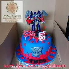 transformer birthday cakes dyva cakes transformer optimus prime birthday cake