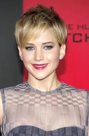 10 stars with pixie haircuts short hair on celebrities