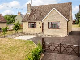 2 bedroom detached bungalow for sale in oxford