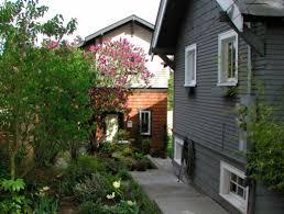 Backyard Guest Cottage by Let Us Build Backyard Cottages The Urbanist