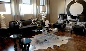 Cowhide Uses 20 Living Rooms Adorned With Cowhide Rugs Home Design Lover